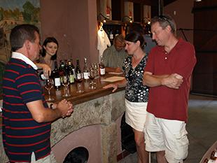 Besøg på en lokal vingård